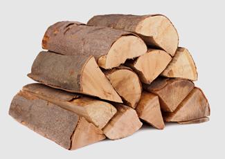 Holzpellets vs. Brennholz